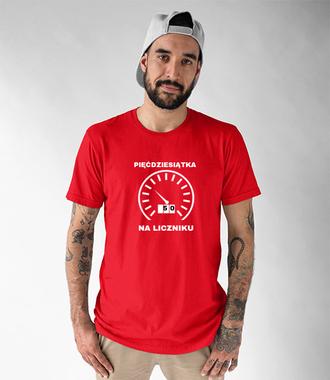 Pięćdziesiąt na liczniku - Koszulka z nadrukiem - Urodzinowe - Męska