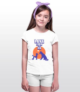 Miłość czuć w powietrzu - Koszulka z nadrukiem - Miłośnicy Psów - Dziecięca